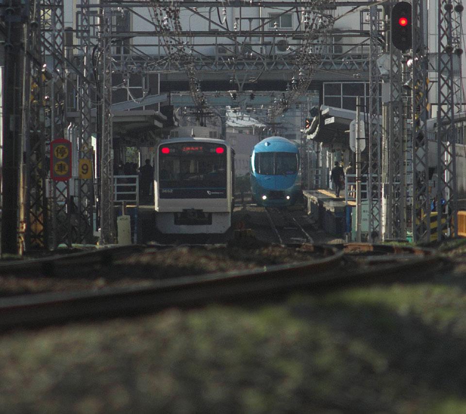 Xperia用鉄道写真壁紙 待画 第2弾 2点 ごっさん居眠り中